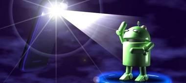 La torcia del tuo smartphone vede tutto